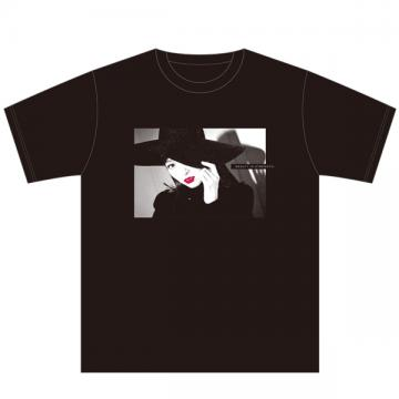 山口真帆 Tシャツ